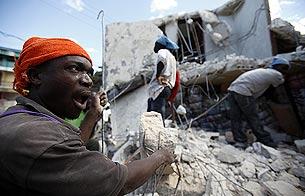 Ver vídeo  'Informe semanal - Haití, terremoto en el infierno'