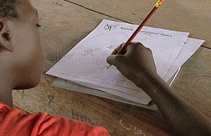 Ver vídeo  'Informe semanal - Infancia rota'