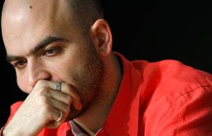 Ver vídeo  'Informe semanal - Saviano, el escritor que ha denunciado a la Camorra italiana'