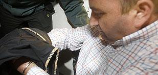 Ver vídeo  'Ingresa en prisión el chófer del exdirector general de Trabajo de la Junta'