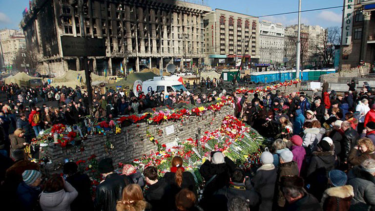 Muchos interrogantes tras el giro de la crisis en Ucrania