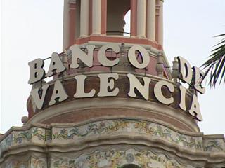 Ver vídeo  'La intervención del Banco de Valencia ha sido acogida con tranquilidad por clientes y empleados'