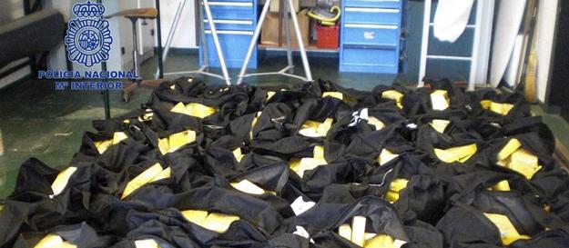 Fotografía facilitada por el Ministerio del Interior de los 850 kilos de cocaína.