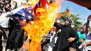 Ver vídeo  'La ira islamista contra las embajadas de EE.UU. se extiende por el mundo musulmán'