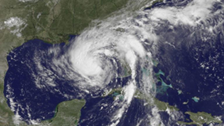 'Isaac' avanza por el Golfo de México