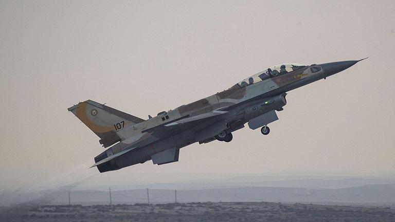 Israel ataca a Siria y Obama no se plantea enviar tropas