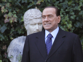 Ver v?deo  'En Italia la oposición ha pedido la dimisión de Berlusconi'