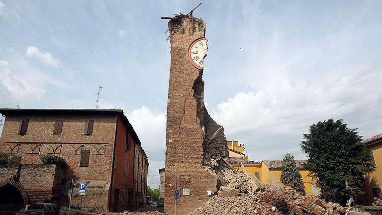 Un terremoto a 35 kil&oacute;metros de Bolonia, Italia, deja 6 muertos y 50 heridos