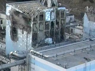 Ver v?deo  'Japón estabiliza en la gravedad la crisis nuclear tras lanzar agua a un reactor y conectar otro'