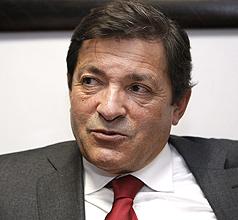 Javier Fernández, la baza del PSOE para Asturias