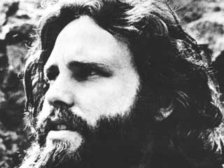 Ver vídeo  'Jim Morrison en sus últimos meses de vida ('When you're strange')'