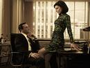 Jon Hamm con la actriz Jessica Par&eacute; - Emmy 2012