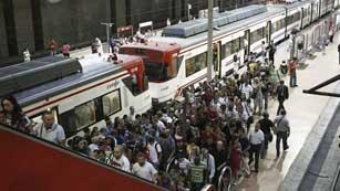 Ver vídeo  'Jornada de huelga en RENFE ante la inminente liberalización del sector'
