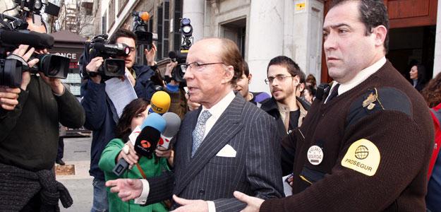 El empresario José María Ruiz-Mateos a su salida de los juzgados de Palma.