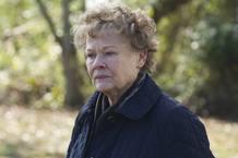 Judi Dench es Philomena, la anciana que busca a su hijo al que le arrebataron hace 50 años