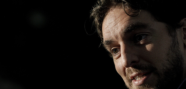 El jugador de la selecci&oacute;n espa&ntilde;ola de baloncesto, Pau Gasol, durante una entrevista en Lituania.