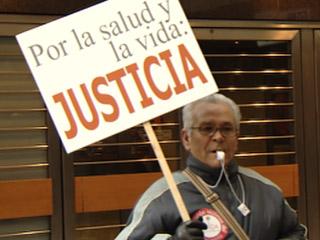 Ver vídeo  'Juicio contra Uralita por los efectos del amianto'