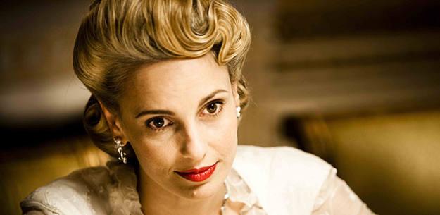 Julieta Cardinali es Eva Perón en 'Carta a Eva'