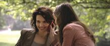 Juliette Binoche y Anaïs Demoustier, en una escena de la película.