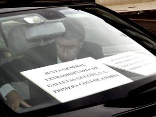 Ver vídeo  'La junta de Gullón, en un coche'