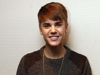 Ver vídeo  'Justin Bieber presenta en España su último disco'