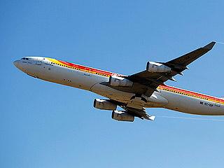 """Ver vídeo  'Justo Peral, jefe de Sepla en Iberia: """"La compañía ha rechazado rebajar los salarios de los pilotos a cambio de no crear Iberia Expréss""""'"""