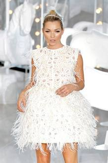 Kate Moss ha sido coronada por la revista Vaniry Fair como la celebridad más elegante del año,