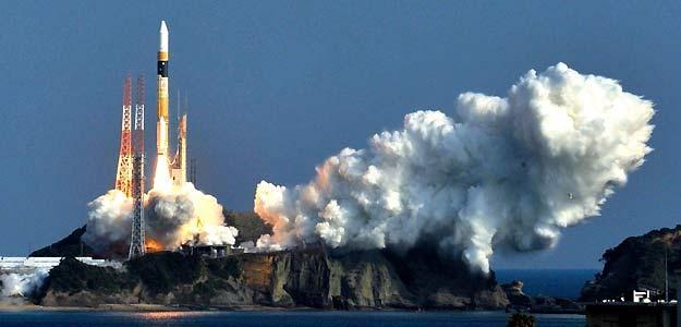 Los vehículos H-II de la Agencia Japonesa abastecen a la ISS y actuán como basureros espaciales
