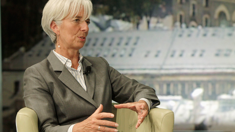 Lagarde advierte que hay que salvar al euro &quot;antes de tres meses&quot;