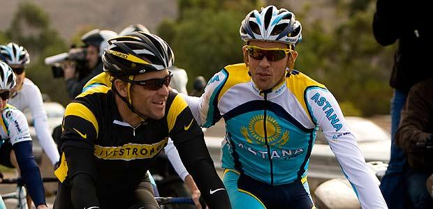 Lance Armstrong y Alberto Contador, durante la pretemporada en Tenerife.