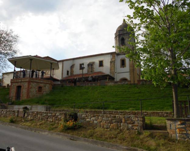 Lastres - Iglesia de la localidad