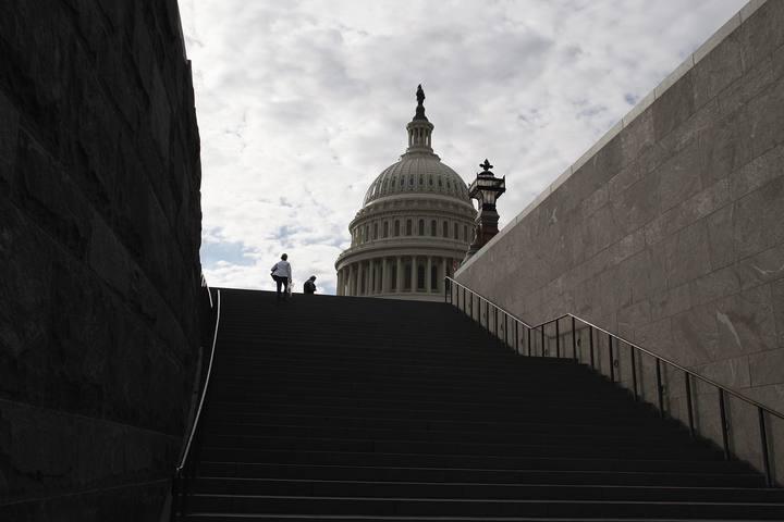 EE.UU. cierra parcialmente su administración federal por primera vez en 17 años