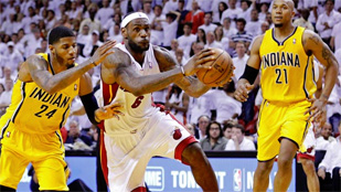 LeBron James adelanta a Miami