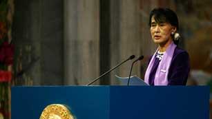Ver vídeo  'La líder opositora Aung San Suu Kyi ha aceptado su Premio Nobel de la Paz'