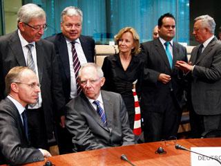 Ver vídeo  'Los líderes europeos siguen divididos sobre la solución a la crisis griega'