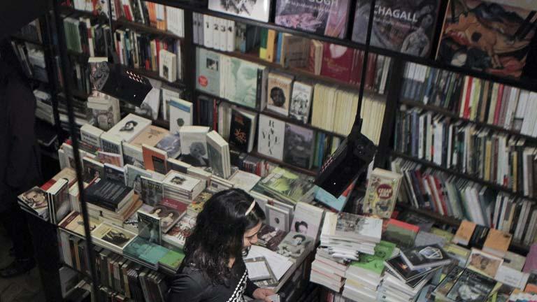 """""""Literatura seriada"""", donde el lector acompaña al personaje en muchas aventuras"""