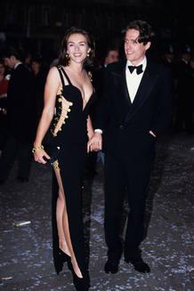 Liz Hurley y Hugh Grant