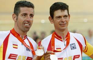 Ver vídeo  'Llaneras y Tauler en el podio'