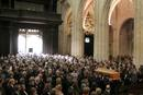 Llegada del f&eacute;retro a la catedral de Oviedo durante el funeral del conde de Latores.