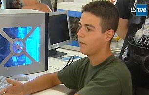 Ver vídeo  'Locos por los ordenadores'