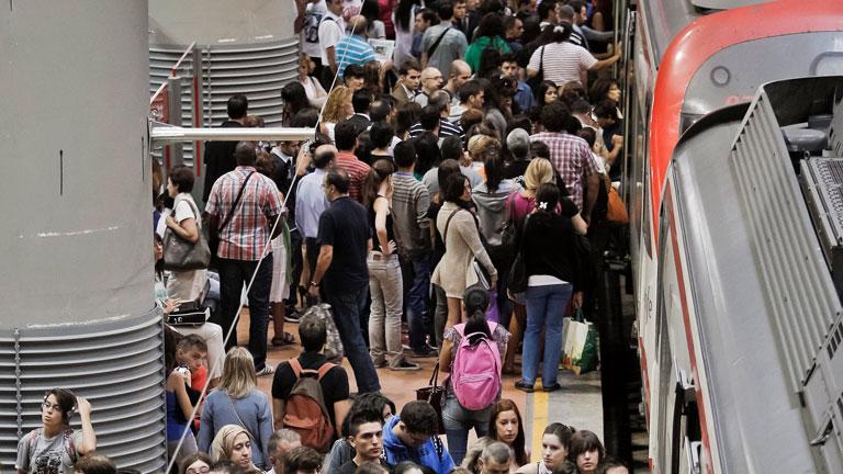 Madrid sufre atascada la huelga del sector ferroviario