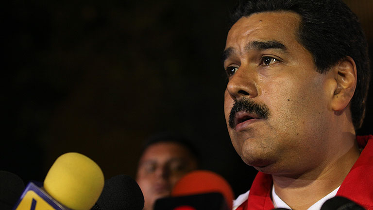 Maduro revela que Ch&aacute;vez se est&aacute; sometiendo a tratamientos de quimioterapia