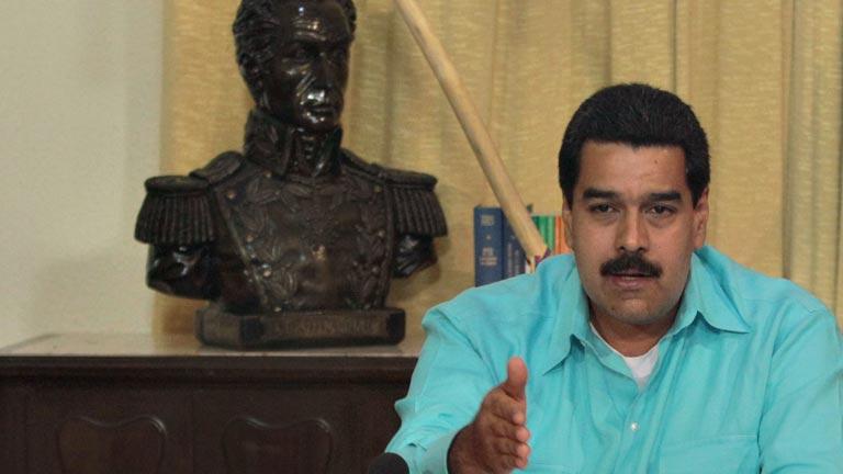 """Maduro: """"Chávez nos dijo que estaba en batalla, aferrado a Cristo"""""""