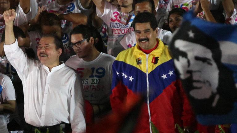 Nicolás Maduro da un golpe de autoridad en el Congreso del partido