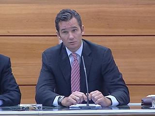 Ver vídeo  'En Mallorca, la fiscalía y el juez investigan a Iñaki Urdangarín y su socio Diego Torres'