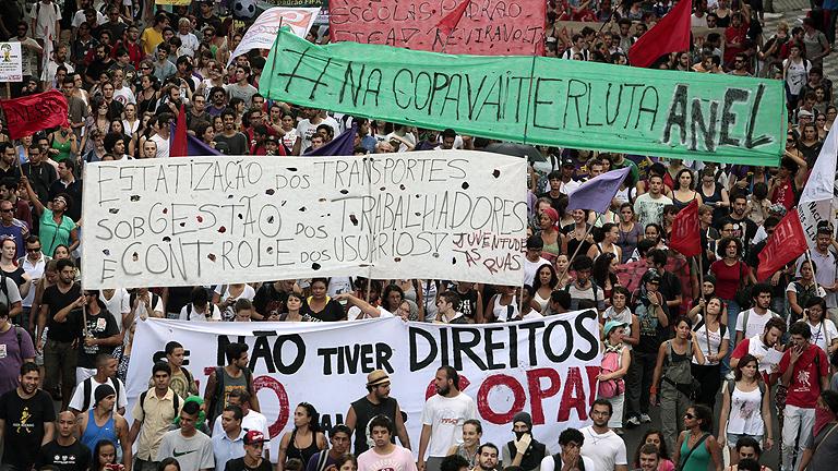 La Policía brasileña detiene a 143 personas en manifestaciones contra el Mundial de fútbol