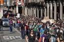 Manifestación de estudiantes en contra de la reforma laboral, en Valladolid