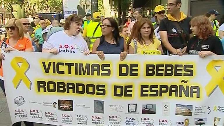 Manifestación en Madrid por la investigación del robo de bebés