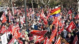 Ver vídeo  'Manifestaciones en toda España contra la reforma laboral'