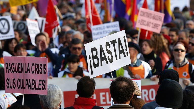 Manifestaciones en toda España pidiendo una salida más justa de la crisis